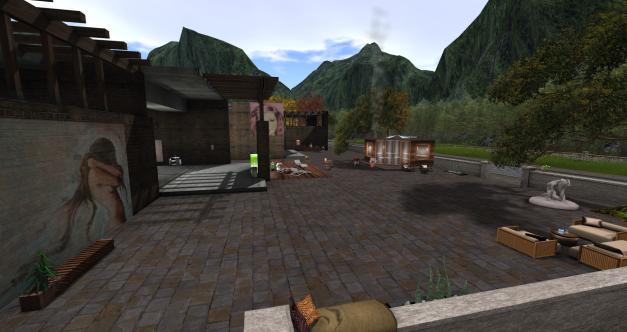 Courtyard_001